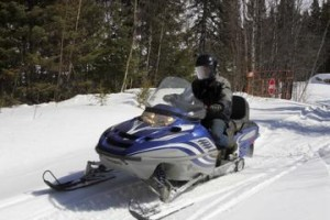 rocky-mountains-snowmobile-tour-backcountry-adventure-in-denver-171206